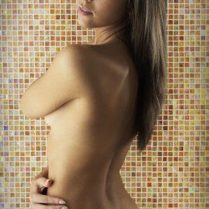 donna con capelli lunghi  esclusiva tips